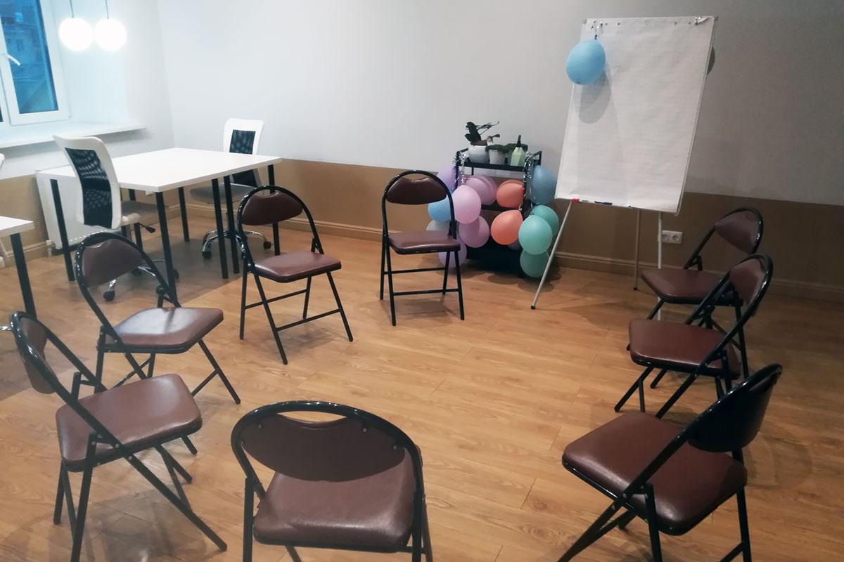 Зал для групповой терапии на Бауманской 1 мин. от метро, 400 руб./час